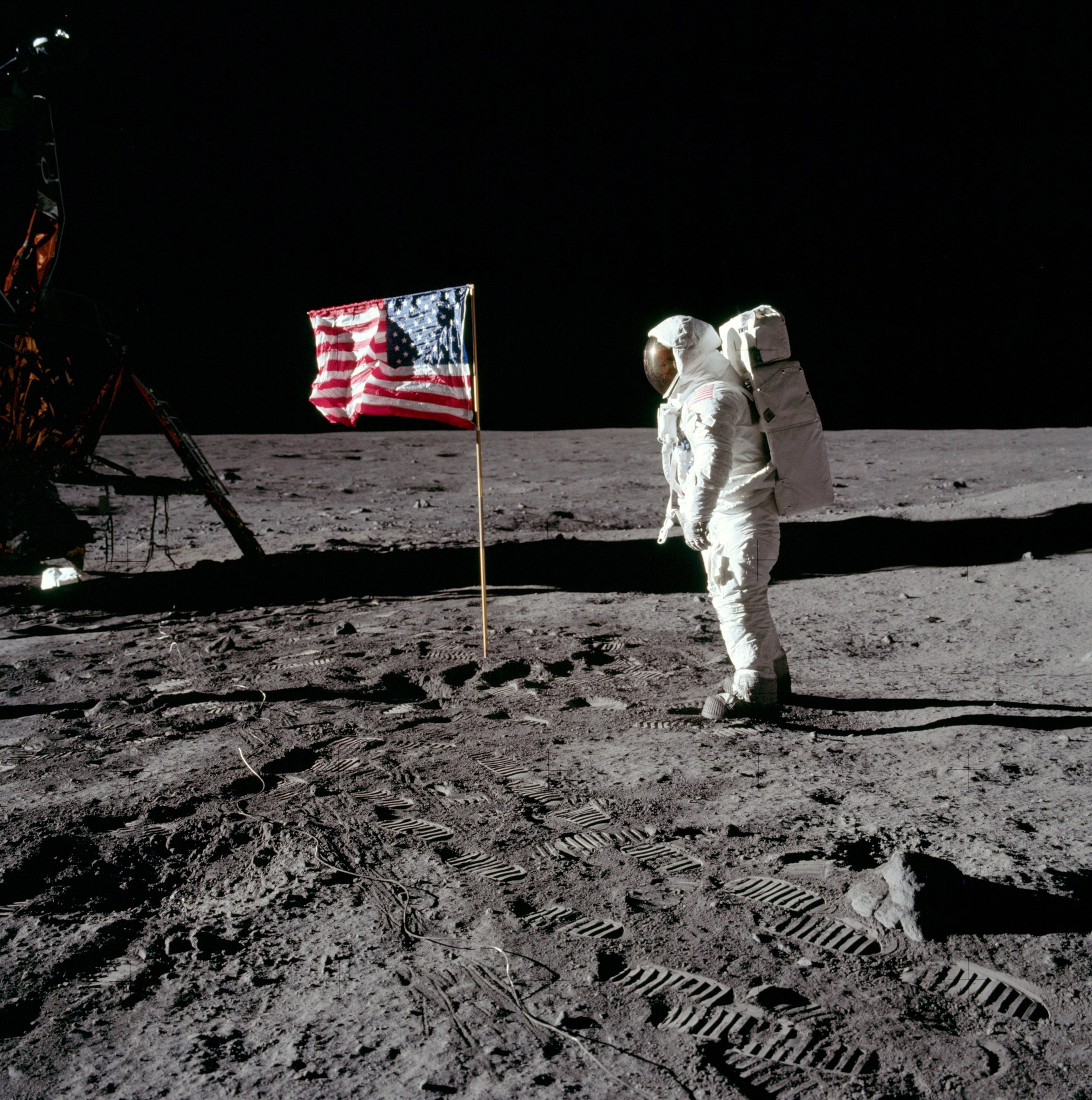 gp_drapeau-us-lune-apollo11.jpg