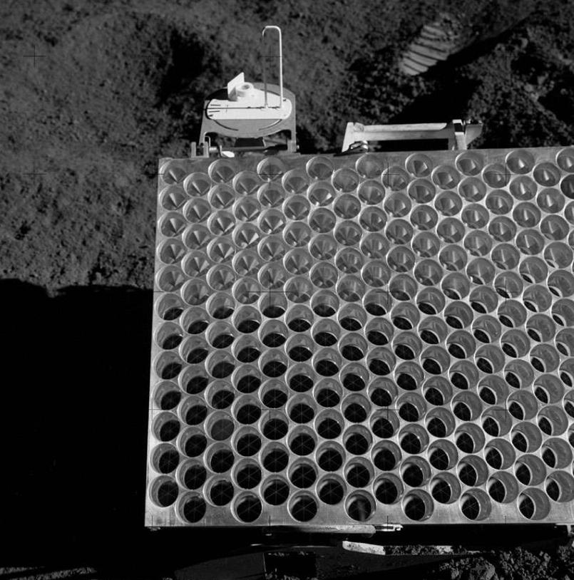 Réflecteur déposé lors de la mission Apollo 15