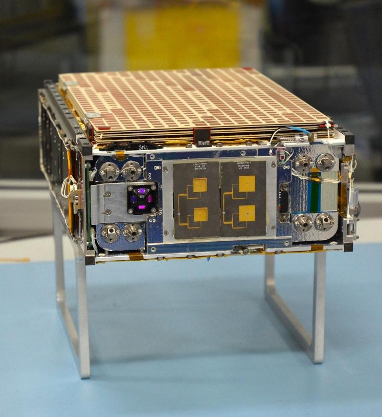 Un des 2 cubesats MarCO de la mission Insight