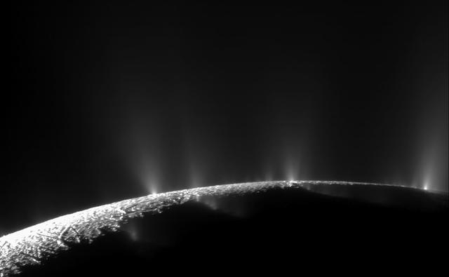 Les jets d'Encelade.