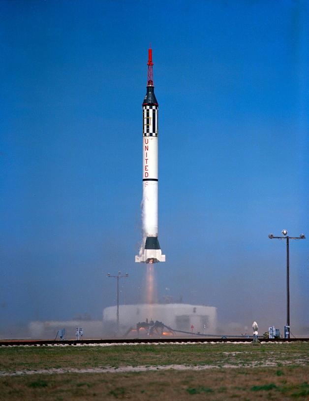Fusée Mercury Redstone-2